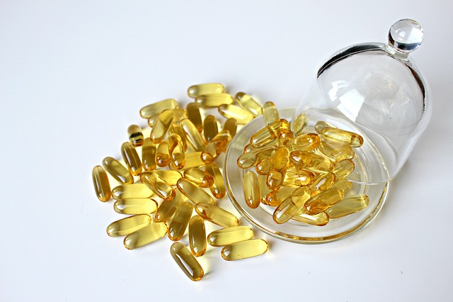 fish-oil-1915423_640