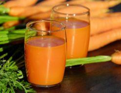 carrot-juice-1623079_640